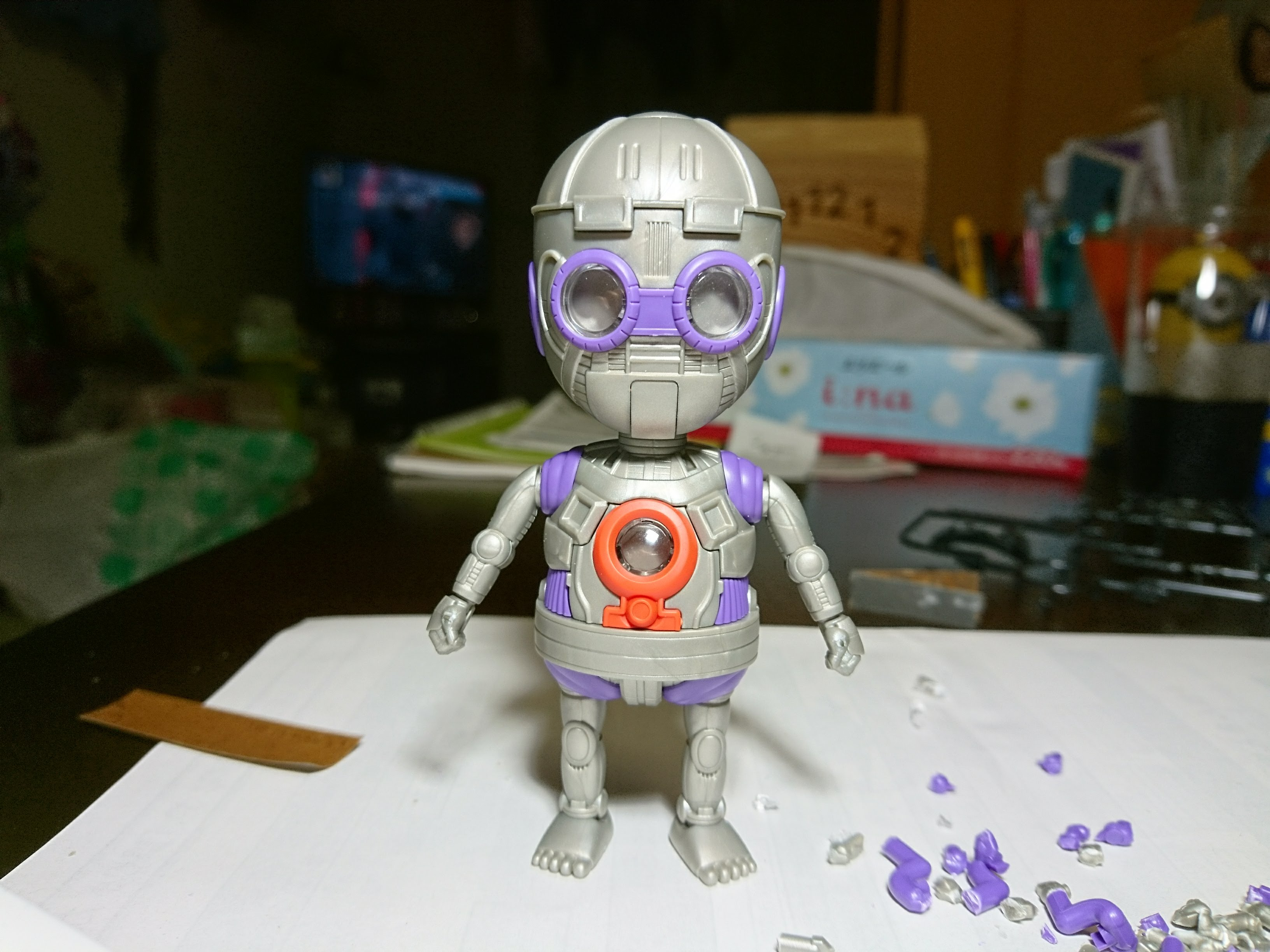 アラレちゃんプラモデル中身のロボット